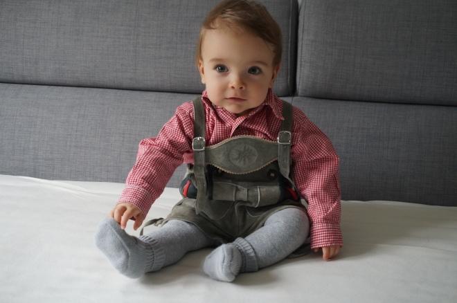 Baby in Tracht  Baby in Lederhosen